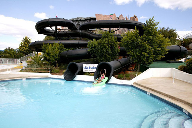 Parques aquáticos - SPLASH, PORTUGAL