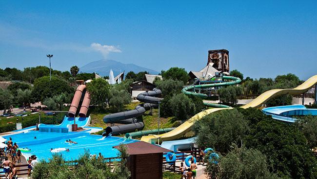 Parques aquáticos - ETNALAND, ITÁLIA