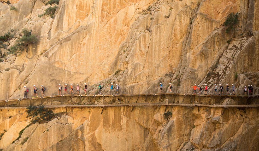 Só para corajosos! 9 dos caminhos mais perigosos do mundo