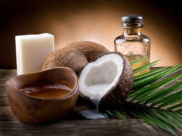Benefícios do coco - TEM PROPRIEDADES AMACIADORAS