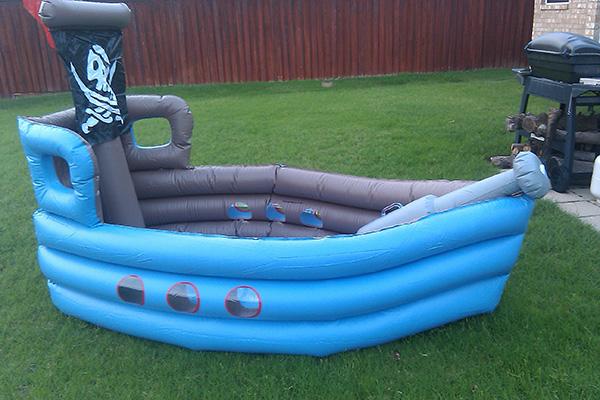 Piscinas insufláveis - piscina insuflável navio de piratas