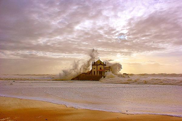 Lindas praias no norte de Portugal - Praia do Senhor da Pedra, Vila Nova de Gaia