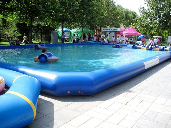 Piscinas insufláveis - piscina insuflável de grande dimensão