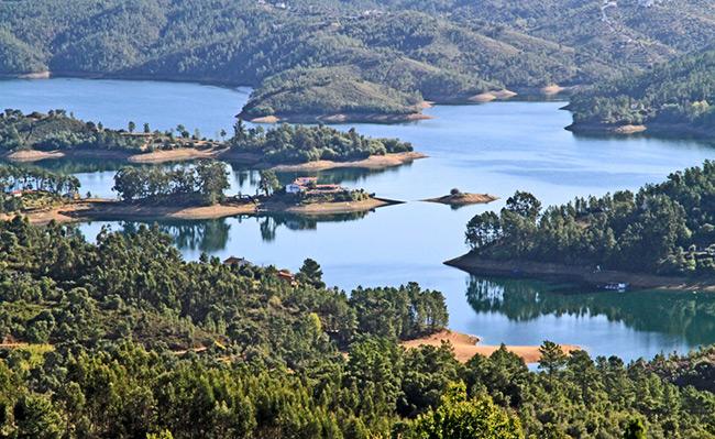 Barragens portuguesas - Barragem de Castelo de Bode