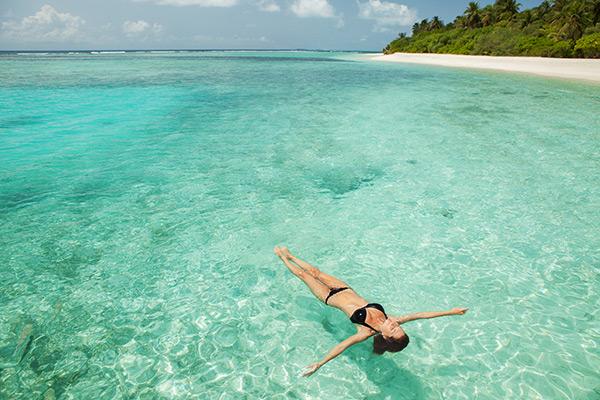 Benefícios da água do mar - favorece o relaxamento muscular
