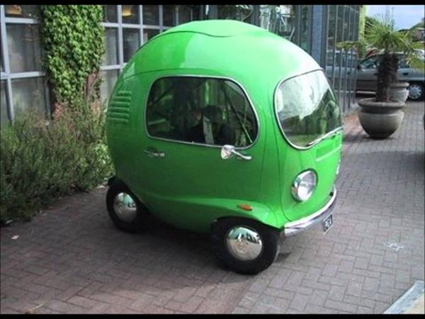 Carros completamente loucos - Carro bolha