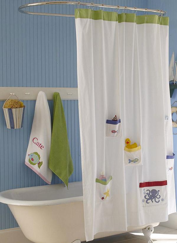 Tenha uma casa de banho mais bonita - cortina de banho com bolsas para brinquedos