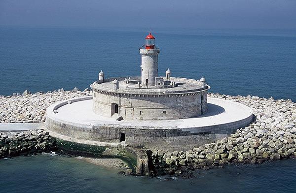 Faróis de sonho: Farol da Torre do Bugio – Lisboa, Portugal