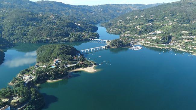 Barragens portuguesas - Barragem de Caniçada