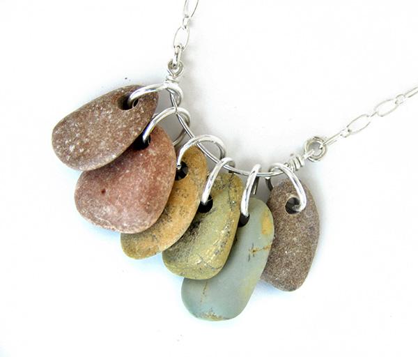 Decoração com Pedras e Seixos, 11 ideias sem custos - colares, brincos e porta-chaves