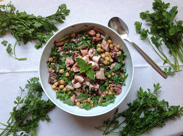 Saladas de verão: Salada de polvo com grão