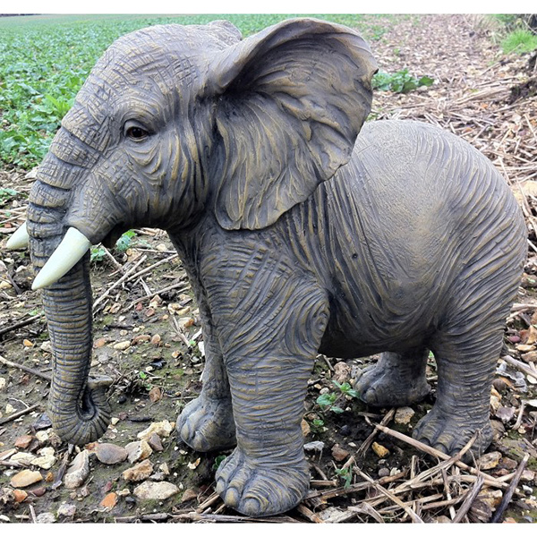 Esculturas para jardim que impressionam - elefante hiper-realista
