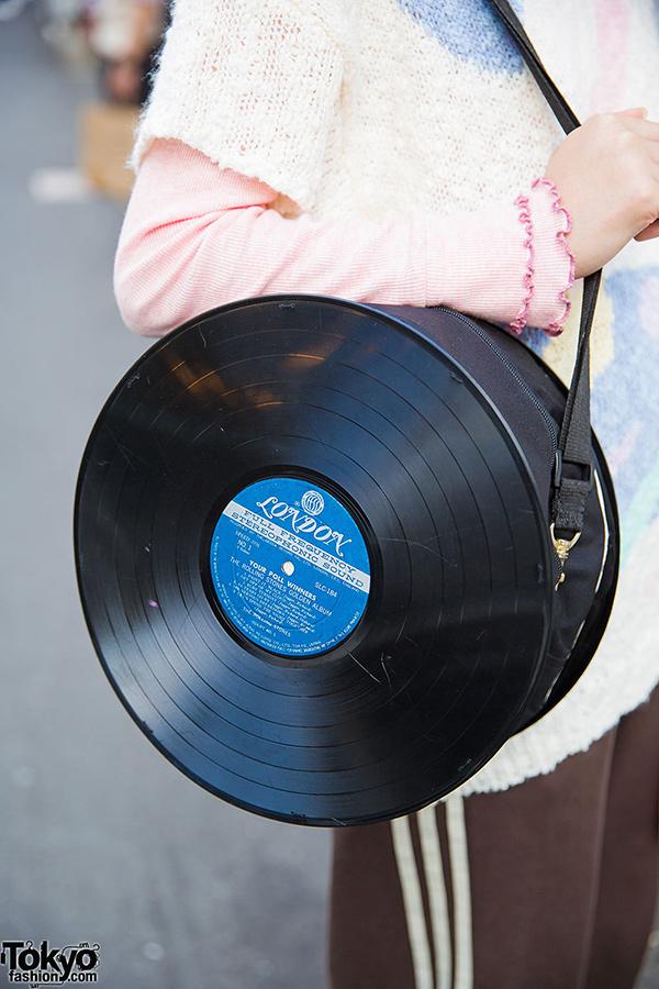 Ideias para reciclar discos de vinil - mala original