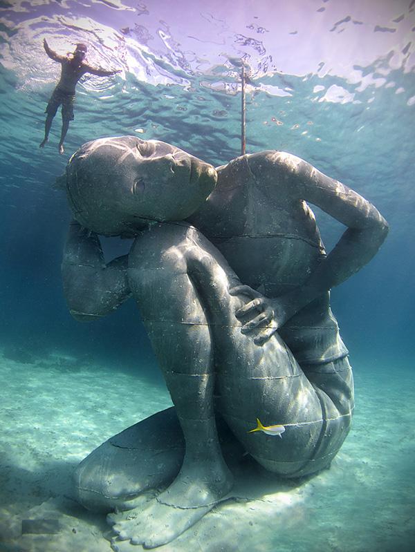 Esculturas que só podem ser vistas debaixo de água - a maior escultura submersa