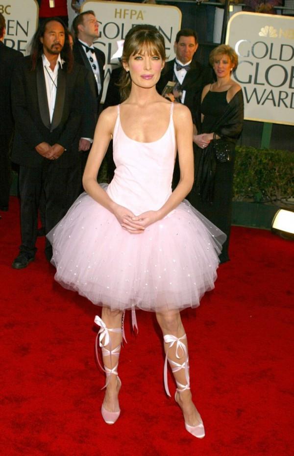 Os vestidos de gala mais controversos de sempre - Lara Flynn Boyle
