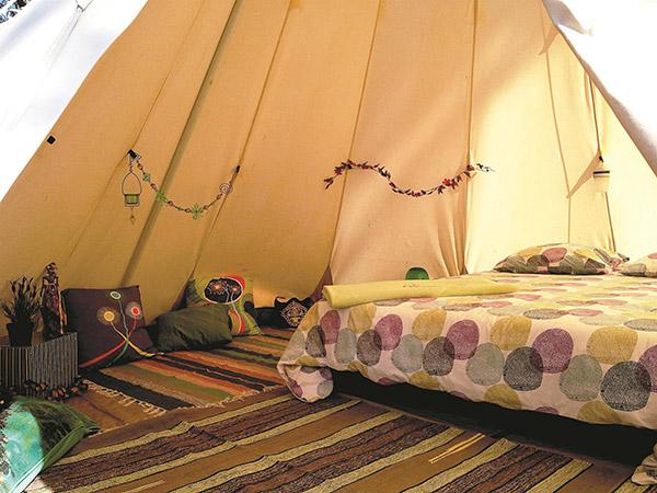 Glamping - acampar com conforto: rios Lima e Tamente