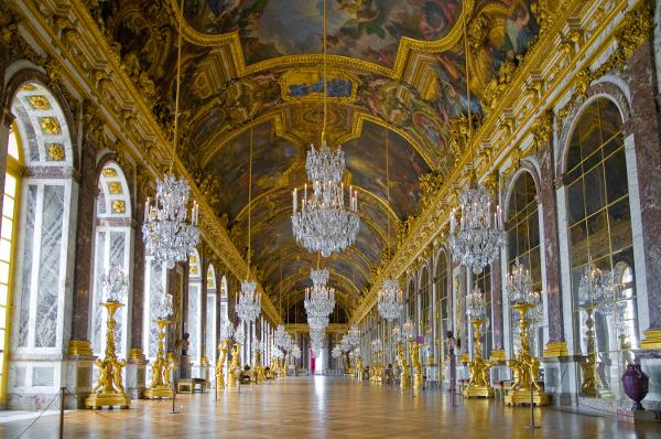Palácios imponentes - Palácio de Versalhes – Versalhes, França