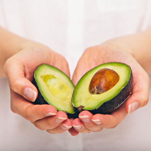 Benefícios do abacate - reduz mau colesterol