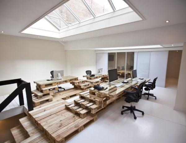 Reciclar a custo zero - escritório com paletes