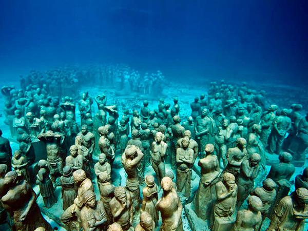 Esculturas que só podem ser vistas debaixo de água - mais de 500 estátuas submersas