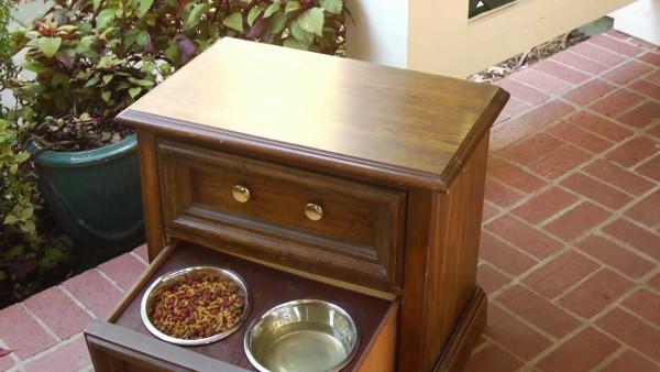 Bebedouros para animais domésticos - guardar os pratinhos