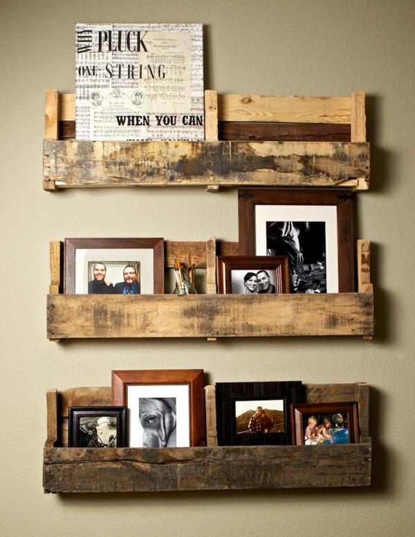 Reciclar a custo zero - prateleira para fotos