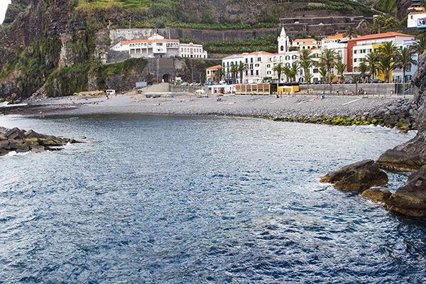Praias do arquipélago da Madeira - Praia dos Anjos – Ponta do Sol, Ilha da Madeira