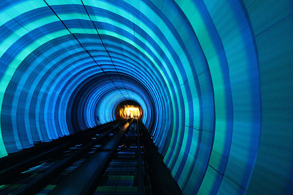 As mais belas estações do mundo - Bund Sightseeing Tunnel, Xangai – China