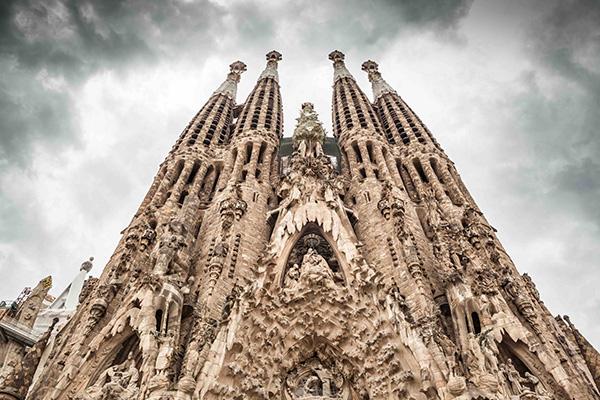 As mais belas igrejas do mundo - Templo da Sagrada Família - Barcelona, Espanha