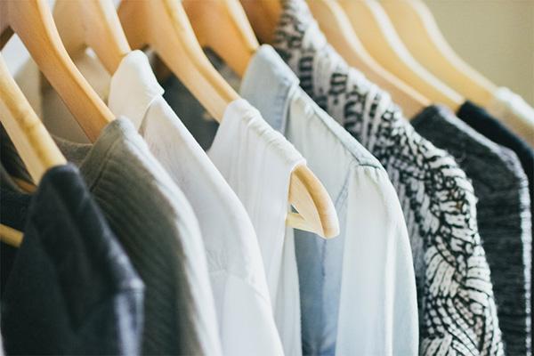 Como organizar o seu closet - PENDURAR