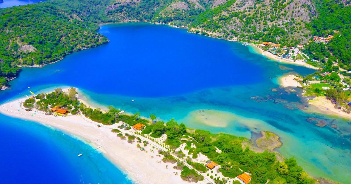 8 praias lindas banhadas pelo Mediterrâneo