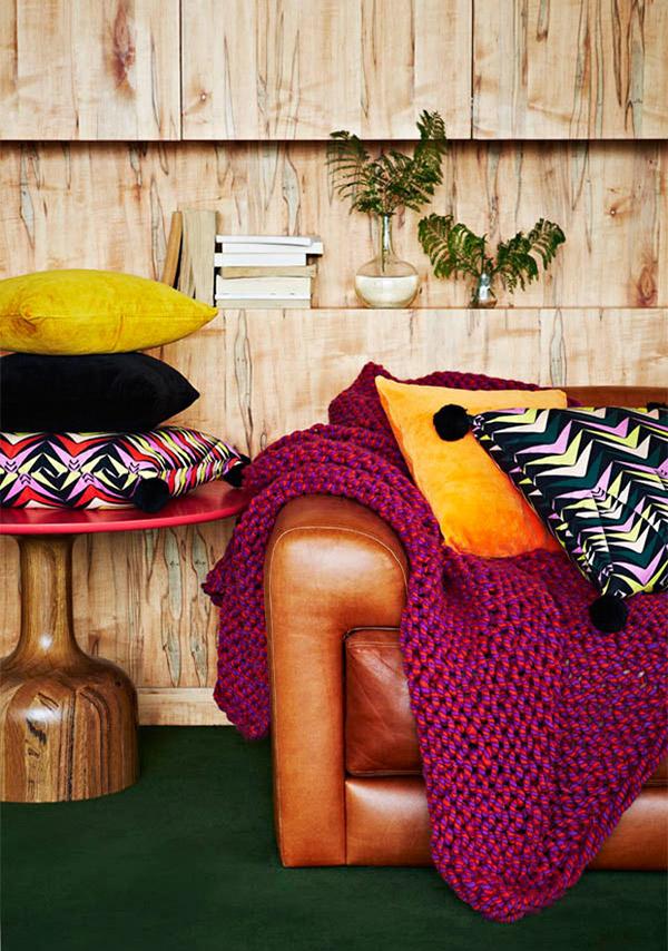 Decoração com mantas e almofadas - sofá