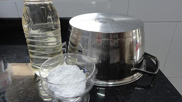 Usos do bicarbonato de sódio - DESENGORDURANTE