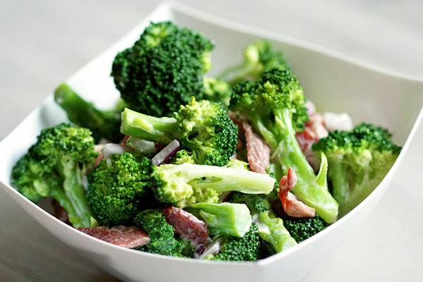 Alimentos ricos em cálcio - Brócolos crus