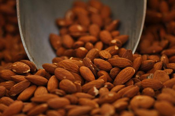Alimentos ricos em cálcio - Amêndoas