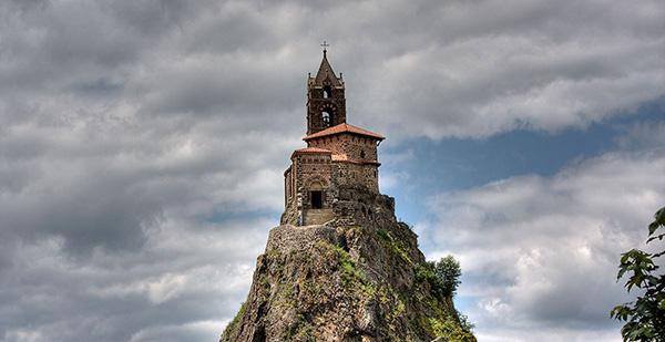As mais belas igrejas do mundo - Capela de Saint Michel d'Aiguilhe - Aiguilhe, França