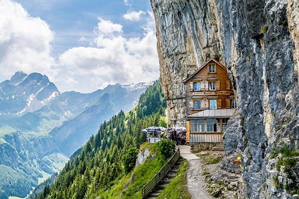 Restaurantes mais surpreendentes do mundo - restaurante a 1500 metros do chão, Suíça