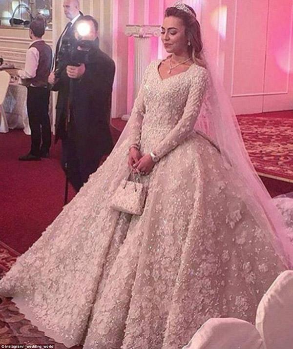 casamento mais caro do mundo - vestido da noiva