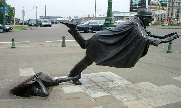 Estas estátuas são obra- Bruxelas