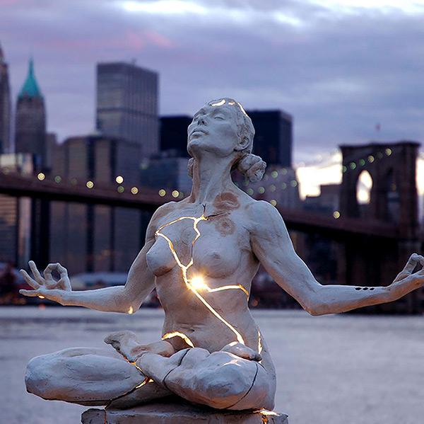 Estas estátuas são obra- Nova York