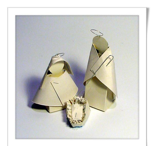 presépios fáceis de fazer reciclados – cartão clip e agrafos