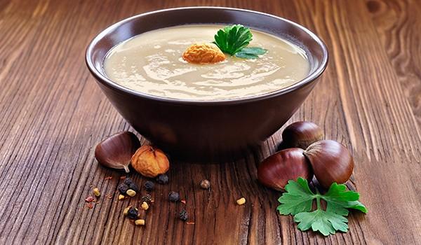 3 receitas saudáveis com castanhas - Sopa de castanhas