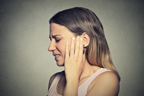 9 usos surpreendentes do azeite - alivia dores de ouvidos
