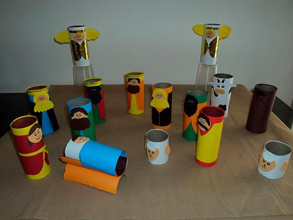 presépios fáceis de fazer reciclados – rolos papel