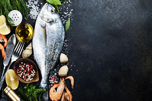 Dicas de nutrição - 5 peixes saudáveis e seguros - Dourada