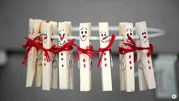 Decorações de Natal para fazer em família – molas da roupa
