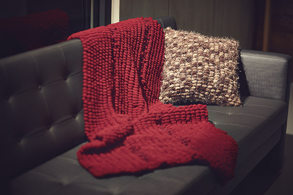 7 dicas baratas para ter a sua casa quente no inverno - mantas