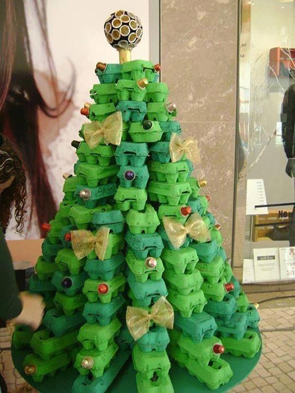 Árvores de Natal diferentes - 8 sugestões ecológicas - Com caixas de ovos