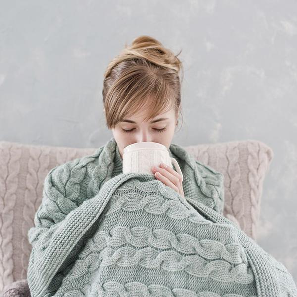 Como ter a casa quente e confortável - 6 dicas - Mantas e bebidas quentes