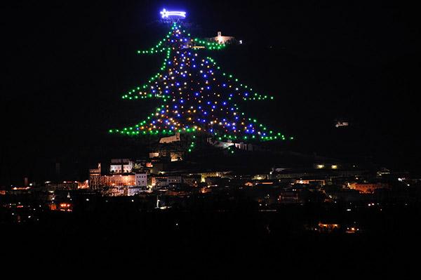 As árvores de Natal mais espectaculares do mundo- Itália